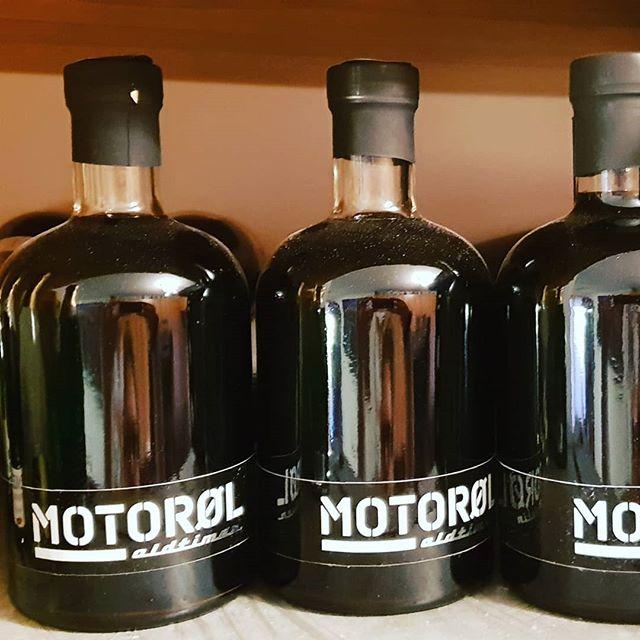 Trinkt mehr Motoröl! #alk #drink #madeinaustria #alcohol