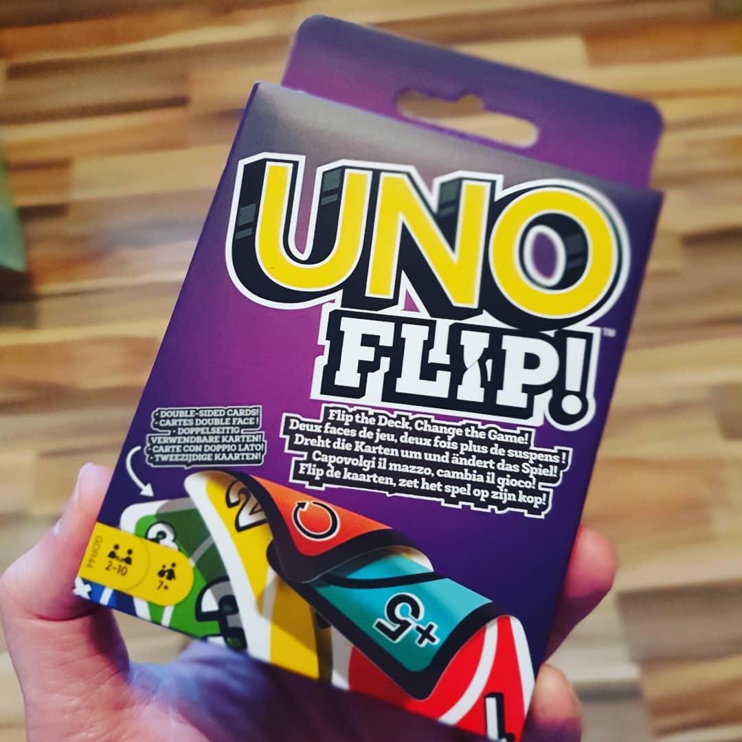 Neue Waffen für den nächsten Familien Streit 😂 #uno #unoflip #kartenspiel #famlienabend