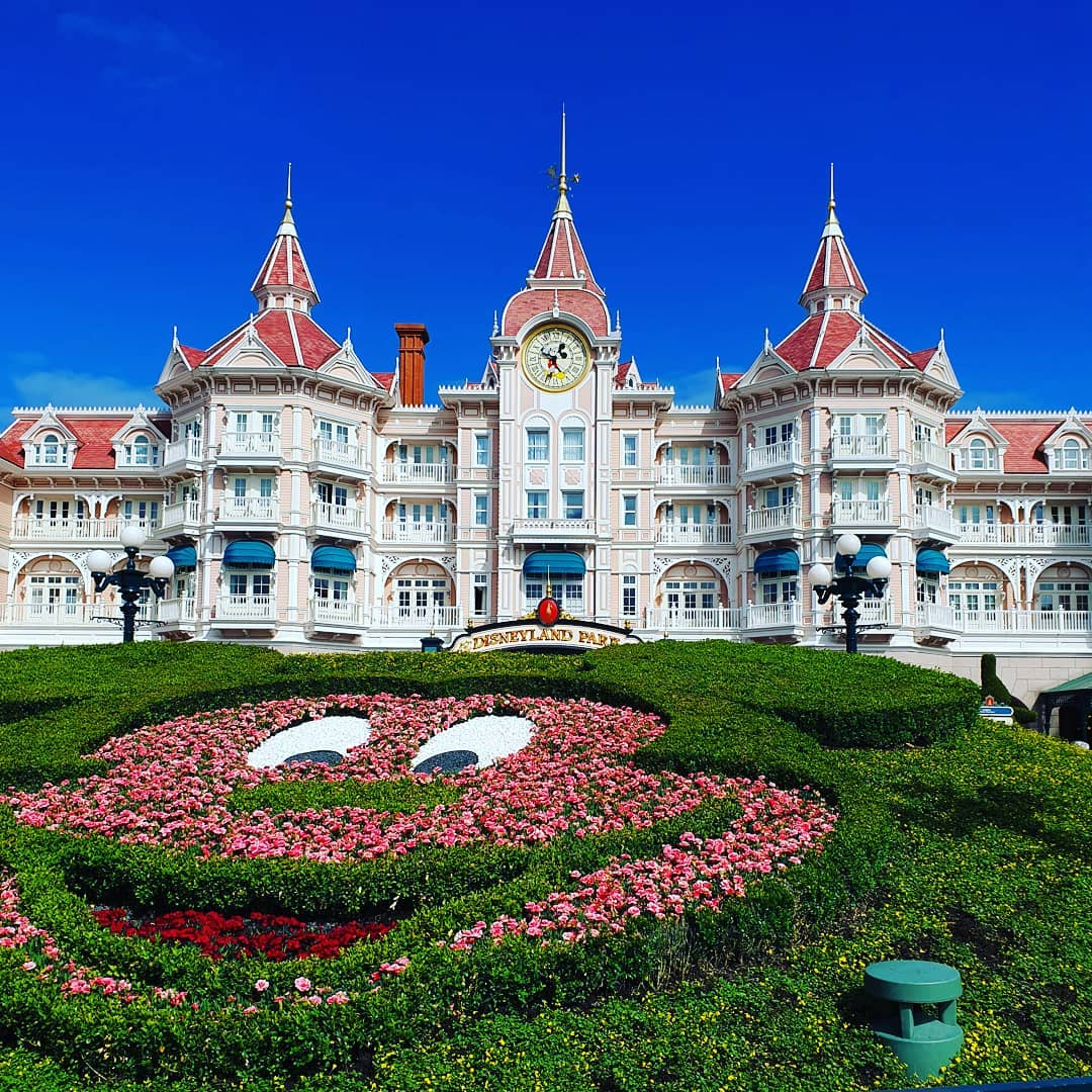 First day at the #disneylandparis .. #familytrip #holiday #france