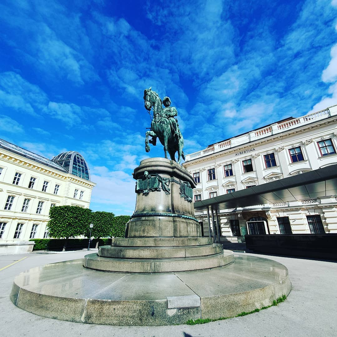 Good old #vienna  #albertina  #samsungs10plus  #smartphonephotography