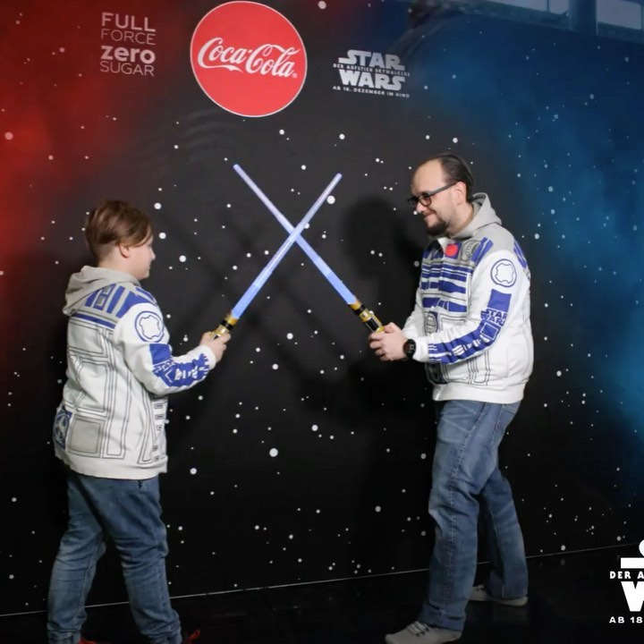 Vater vs Son #starwarsbattle @cocacola_at #viecc #maytheforcebewithyou