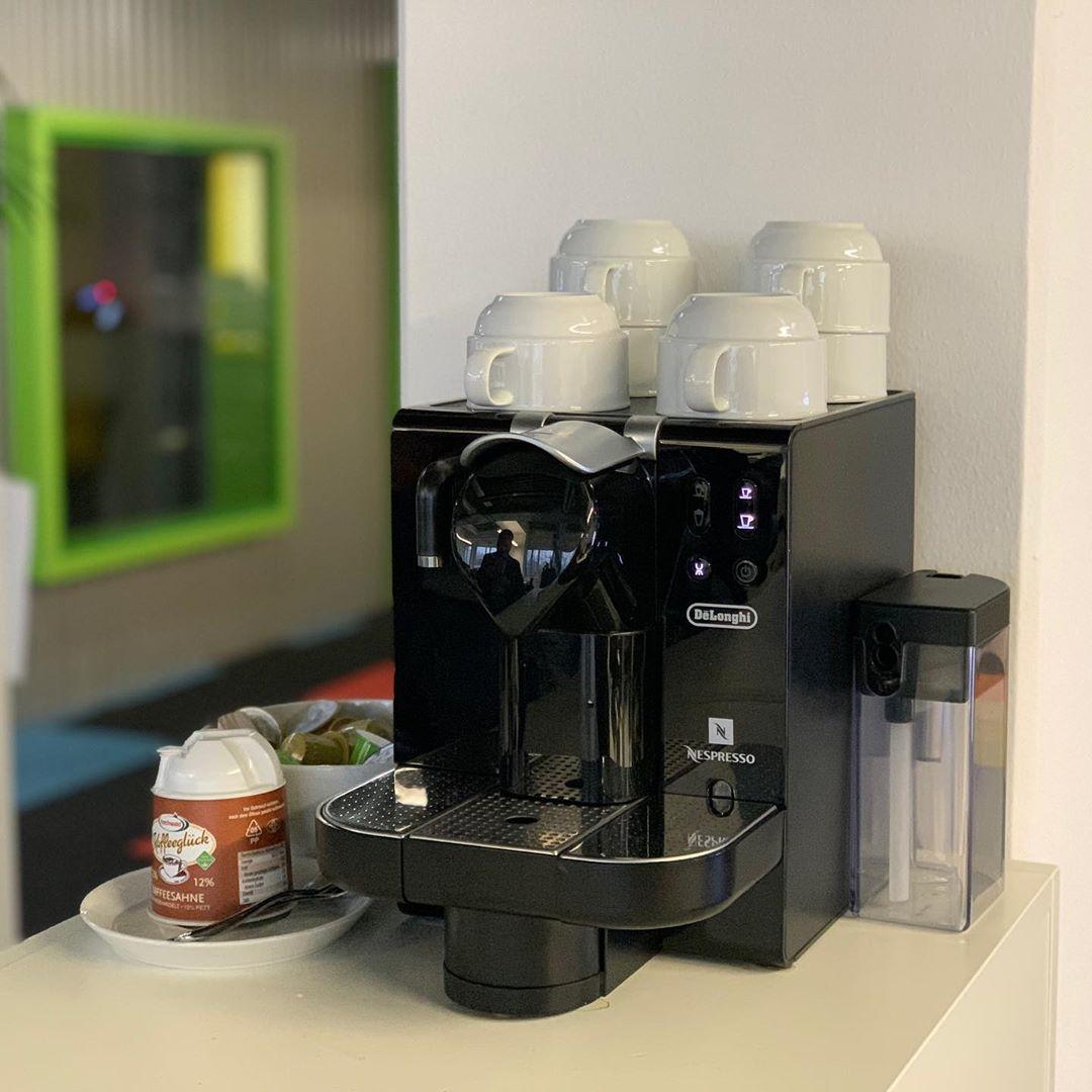 Danke @orsoigo ! Du bist echt ein #ehrenmann #nespresso #coffeeatwork